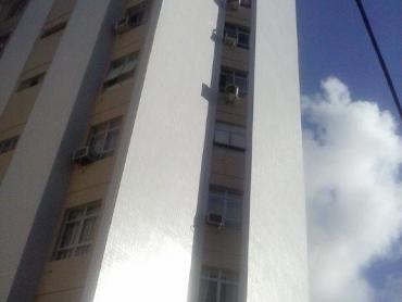 APARTAMENTO SUPER BEM LOCALIZADO EM PETRÓPOLIS - Foto