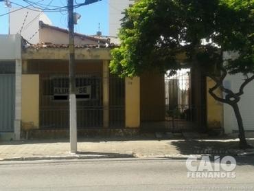 CASA COMERCIA EM TIROL - Foto