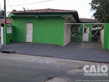 CASA COM 7 KIT NET'S EM PONTA NEGRA - Foto