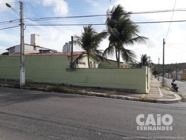 CASA RESIDENCIAL OU COMERCIAL EM PONTA NEGRA - Foto