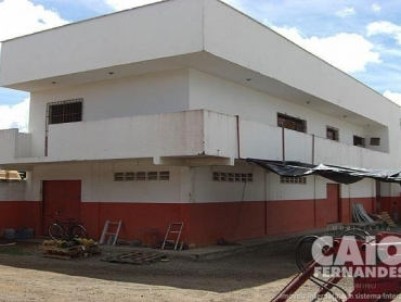 PRÉDIO COMERCIAL EM PARNAMIRIM - Foto