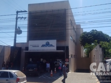 PRÉDIO COMERCIAL NO ALECRIM  - Foto