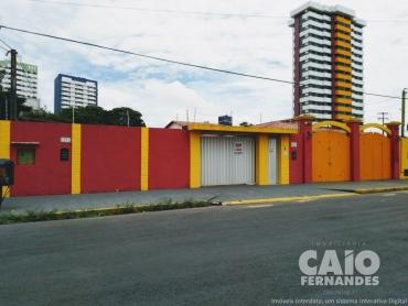 CASA RESIDENCIAL/COMERCIAL EM CAPIM MACIO - Foto