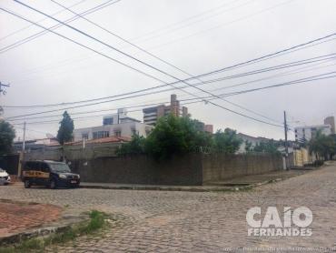 TERRENO DE ESQUINA EM LAGOA NOVA - Foto