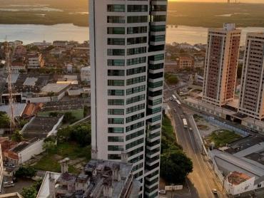 Apartamento de alto padrão em Petrópolis - Foto