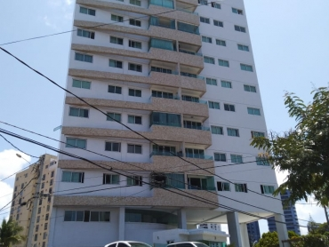 Apartamento no edifício Luis de Camões - Foto