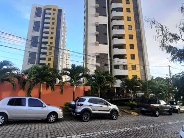 Apartamento no Solar Candelária - Foto