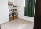Apartamento no condomínio Larissa - Foto
